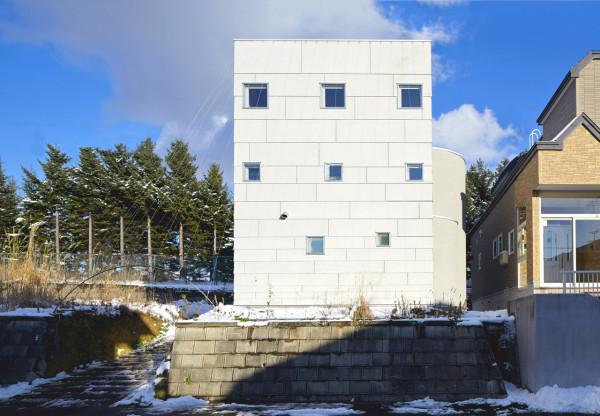 minimalfamily2 Super Minimal Family House in Japan