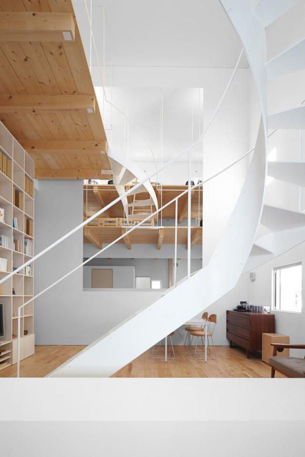 minimalfamily4 Super Minimal Family House in Japan