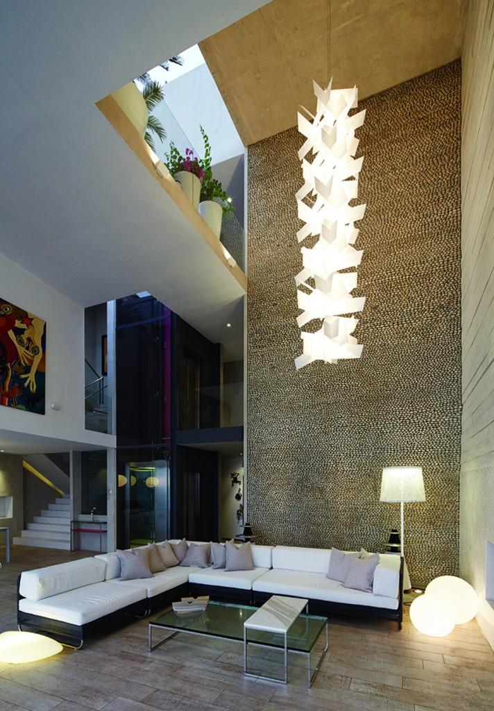 CM6 05 712x1024 How Barclay&Crousse Architects Embellished Peru