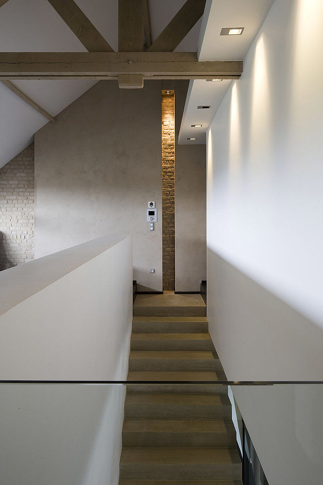 007 modern home guillaume da silva Modern minimalism in France