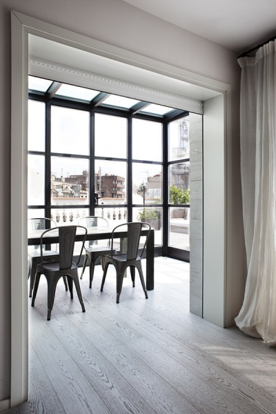 Minimalistic Penthouse in Barcelona