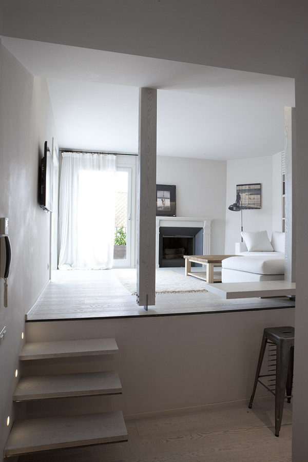 barcelona ph p.libano 05 600x900 Minimalistic Penthouse in Barcelona