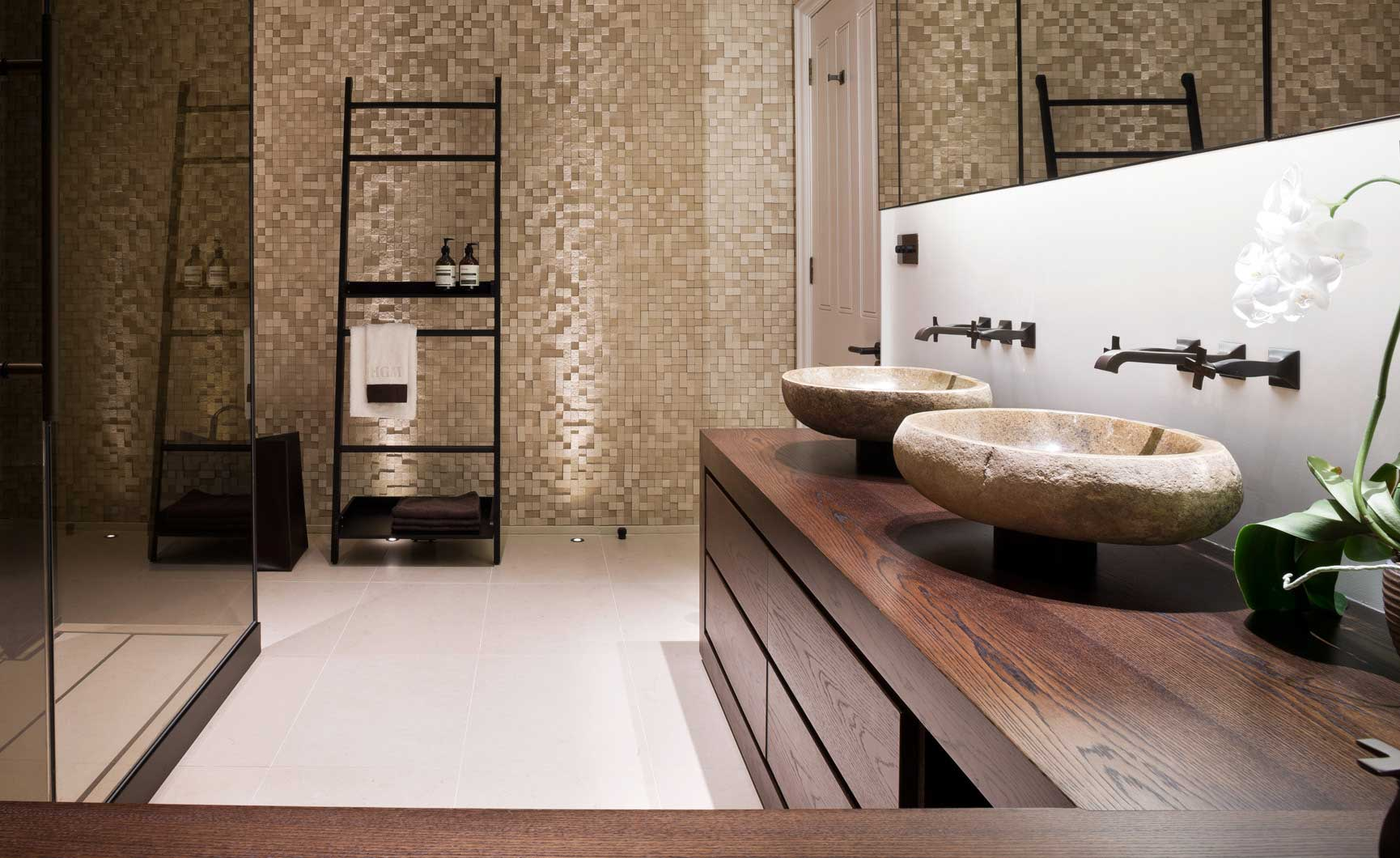 herts home bathroom 14 Hertfordshire Home by Alessandro Isola