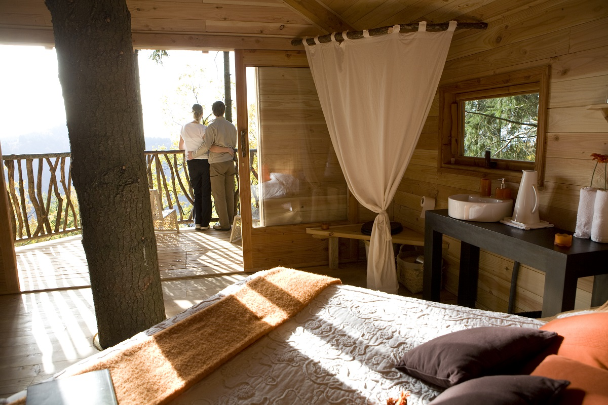 cabanes als arbres girona spain 2 10 Most Amazing Treehouse Hotels From Which You Would Never Wish To Check Out