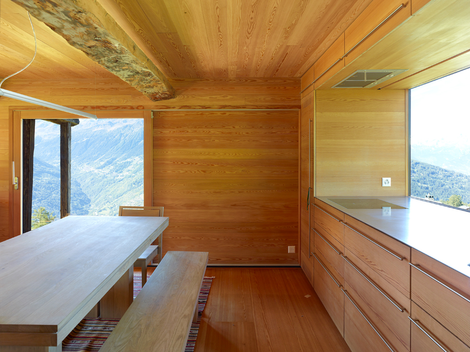 dont judge a book by its cover or how s.fabrizzi architects renovated a cottage in the mountains 9 Dont Judge a Book By its Cover Or How S.Fabrizzi Architects Renovated a Cottage In The Mountains