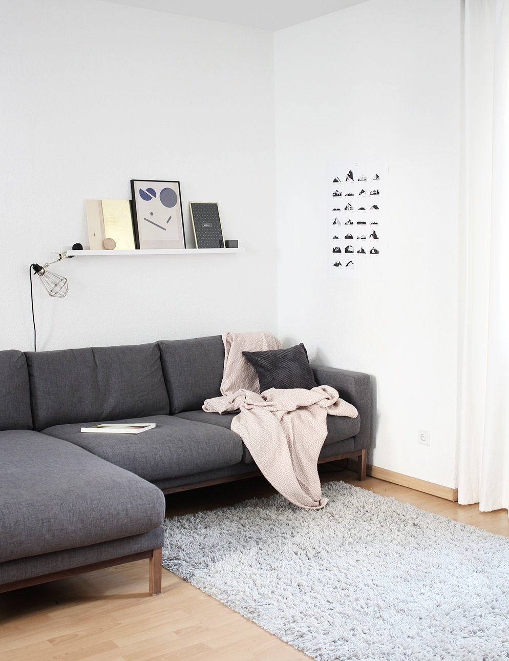 couch bed tumblr. Via · Minimal Living Room Tumblr Collection #14 Couch Bed