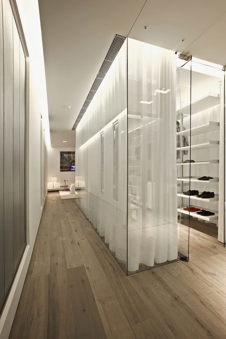Closet30 Top 40 Modern Walk In Closets
