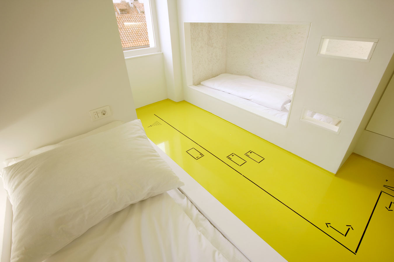 Hostel golly bossy by studio up your no 1 source of for Hostel design