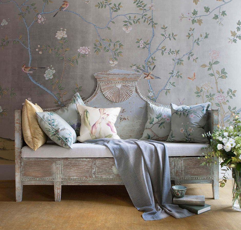 201407 02 large 50+ Floral Wallpaper and Mural Ideas