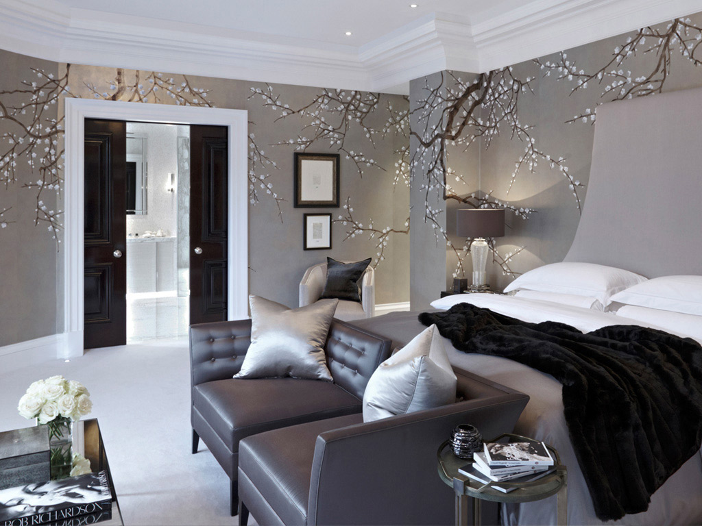 50 floral wallpaper and mural ideas your no 1 source of for Top british interior designers