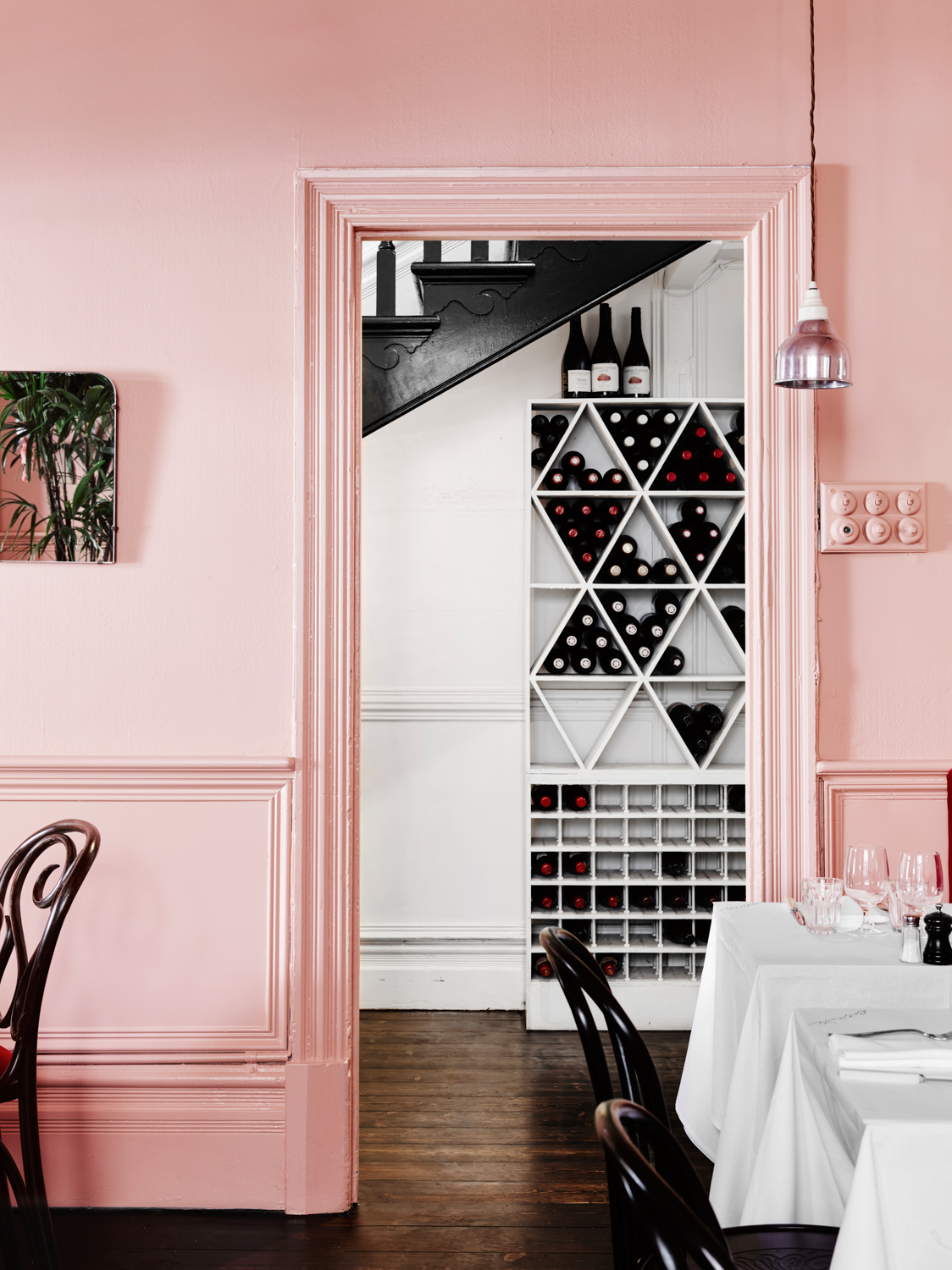 Wall Colour Inspiration: Entrecôte In South Yarra, Melbourne