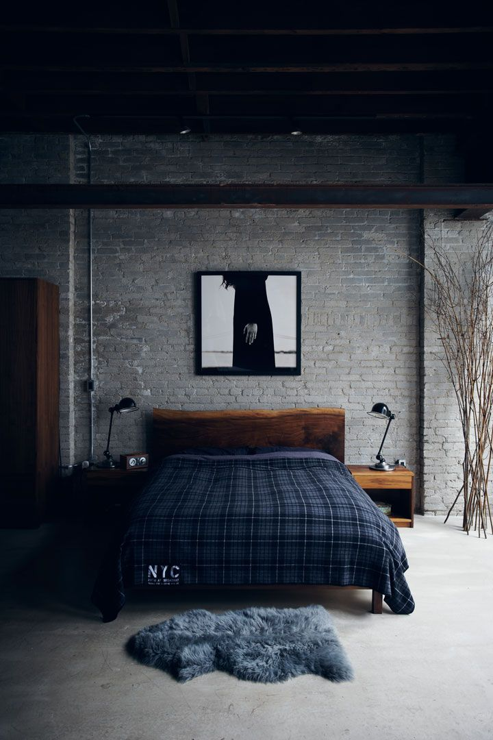 High Quality Industrial Bedroom Design