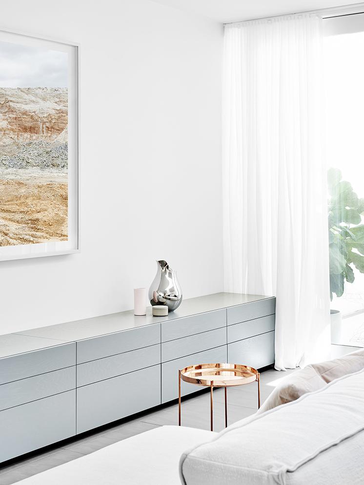 salon blanc fionalynch Caroline Street House