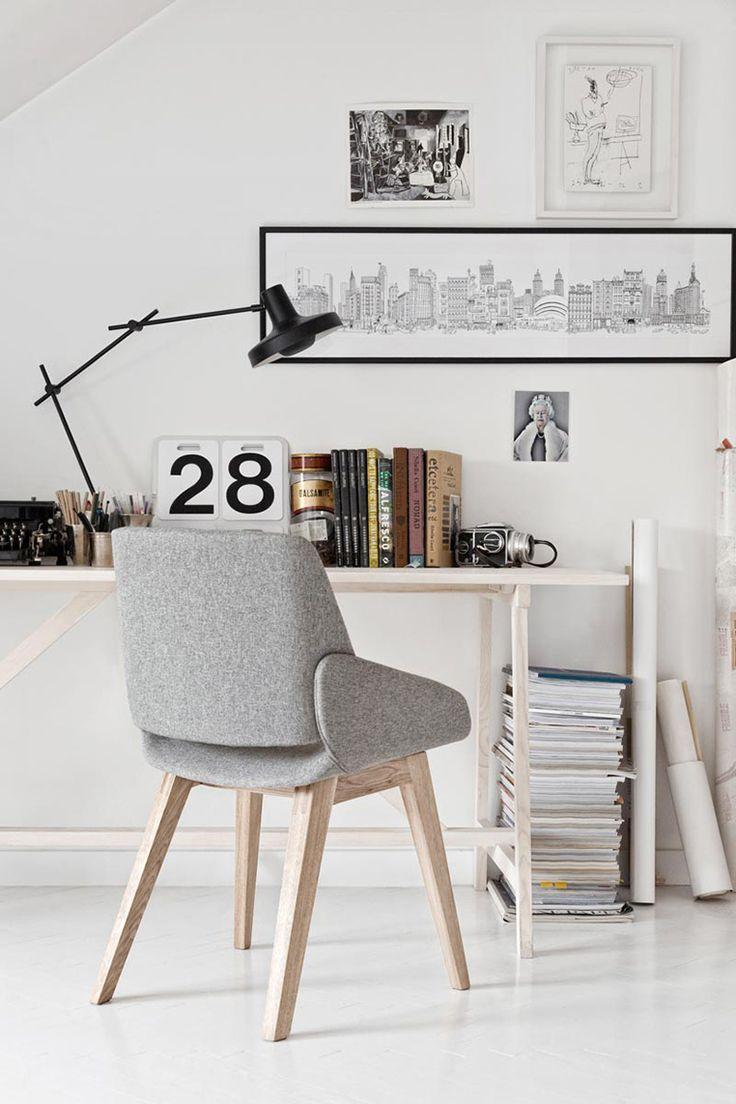 a6c177de4953c824bf63e3c2fd9826a1 Useful Home Office Ideas