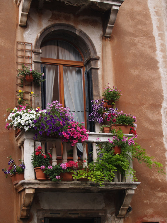 awesome balcony with flowers 35 Worlds Most Beautiful Balconies
