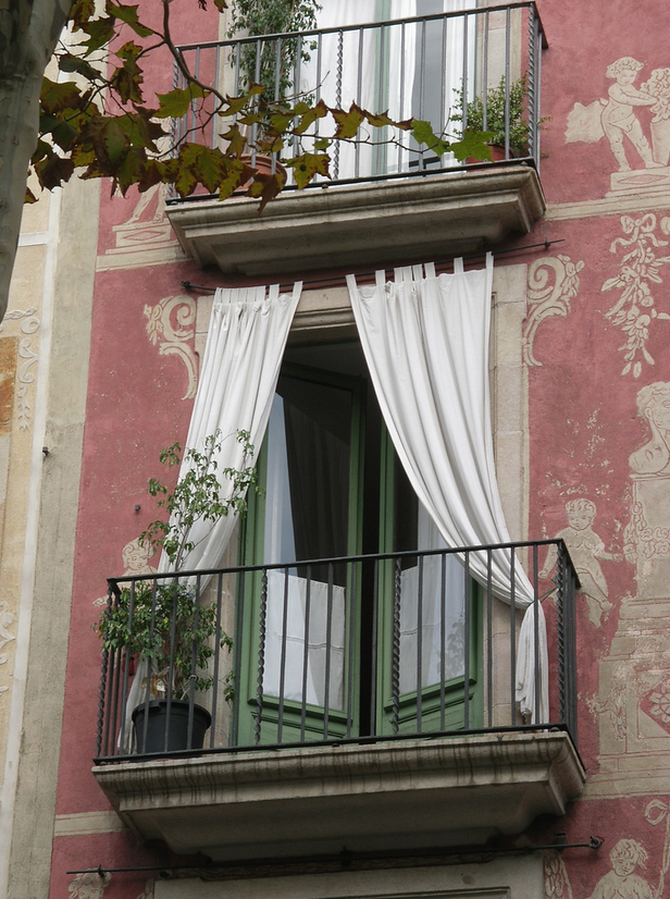 barcelona spain 35 Worlds Most Beautiful Balconies