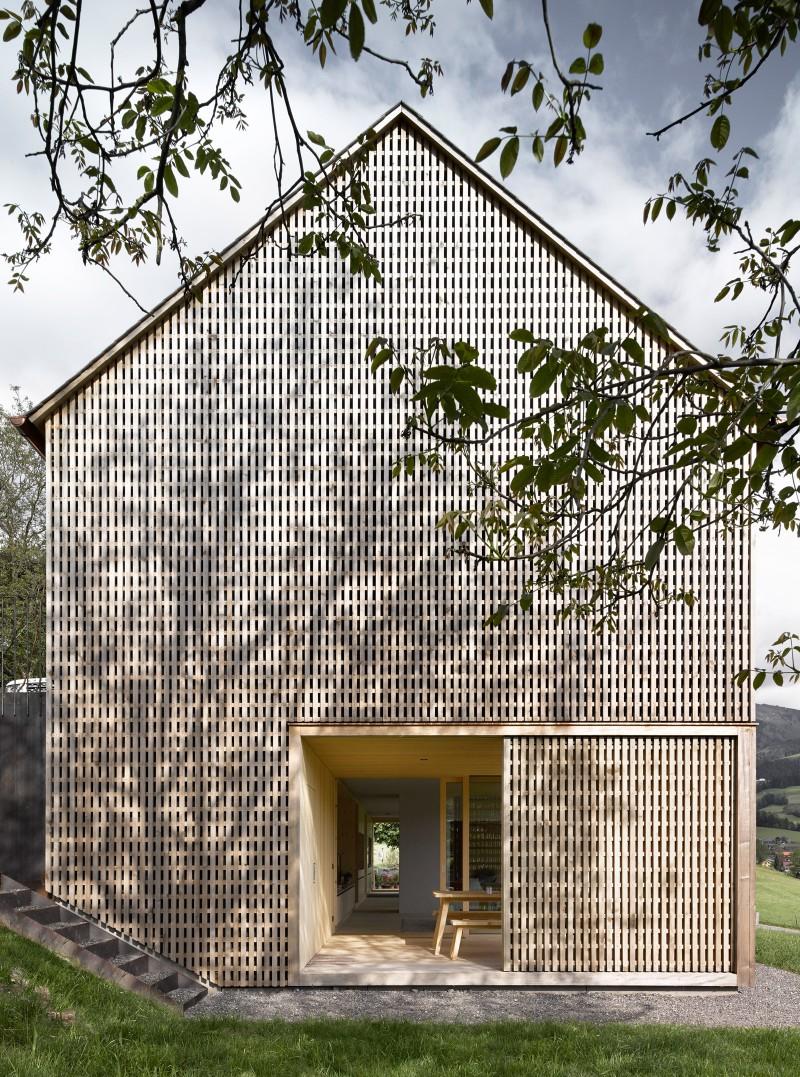 haus fuer julia und bjoern by innauer matt 3 House for Julia and Björn by Innauer Matt