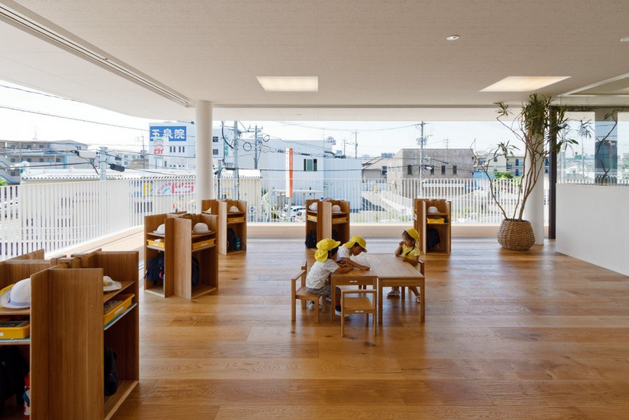 preschool in japan by youji no shiro 8 HIBINOSEKKEI + Youji No Shiro / Preschool that collects rainwater into a puddle