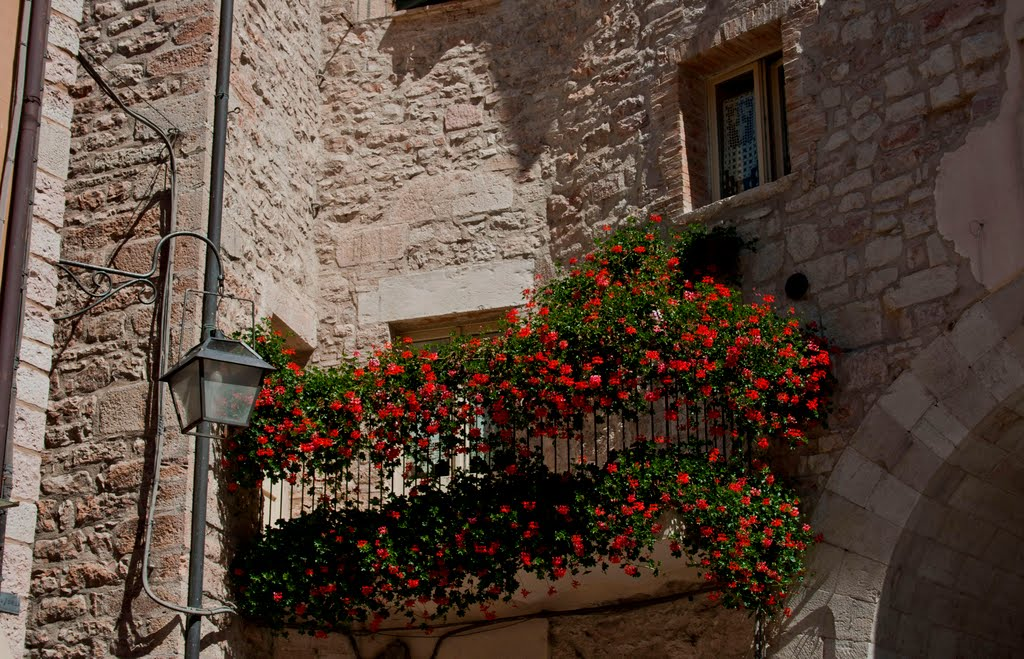 visso italy 35 Worlds Most Beautiful Balconies