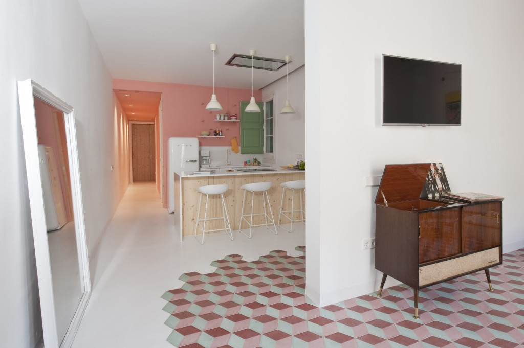Colorful Apartment in Barcelona