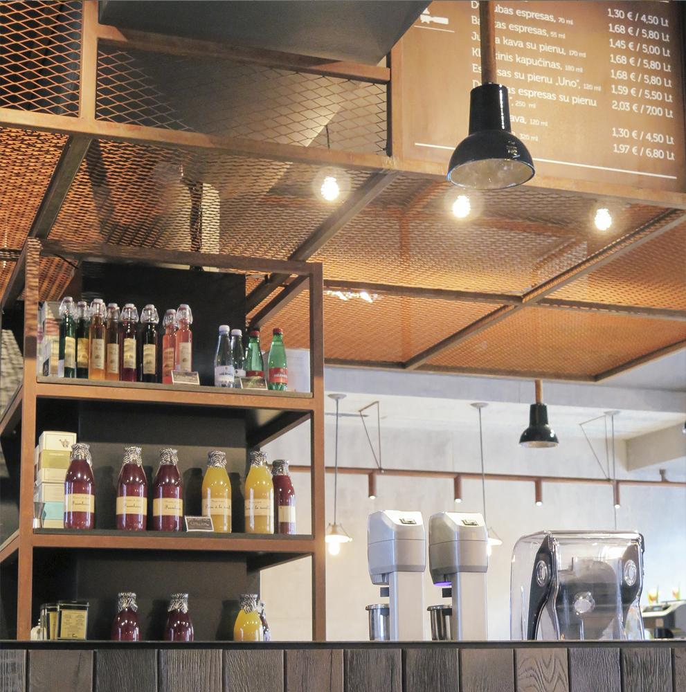 sviezia kava huracan coffee vilnius lithuania 8 Coffee Shop ŠVIEŽIA KAVA In Vilnius