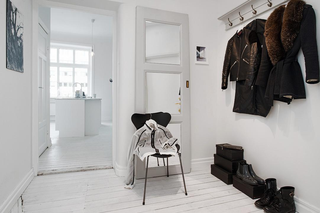 sfdfde9f0a92cef4fa3a8282b7a67ba3b7f White Apartment | Sweden