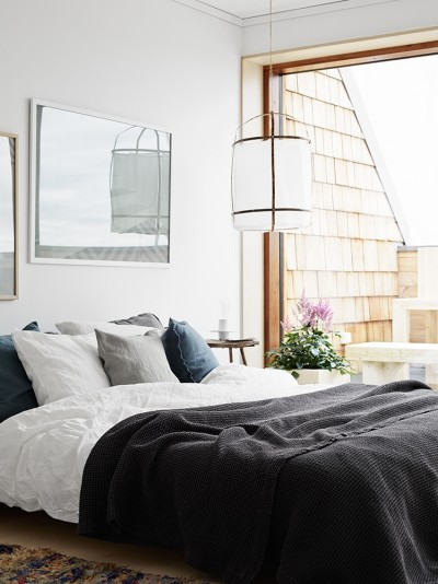 Cozy Apartment by Lotta Agaton