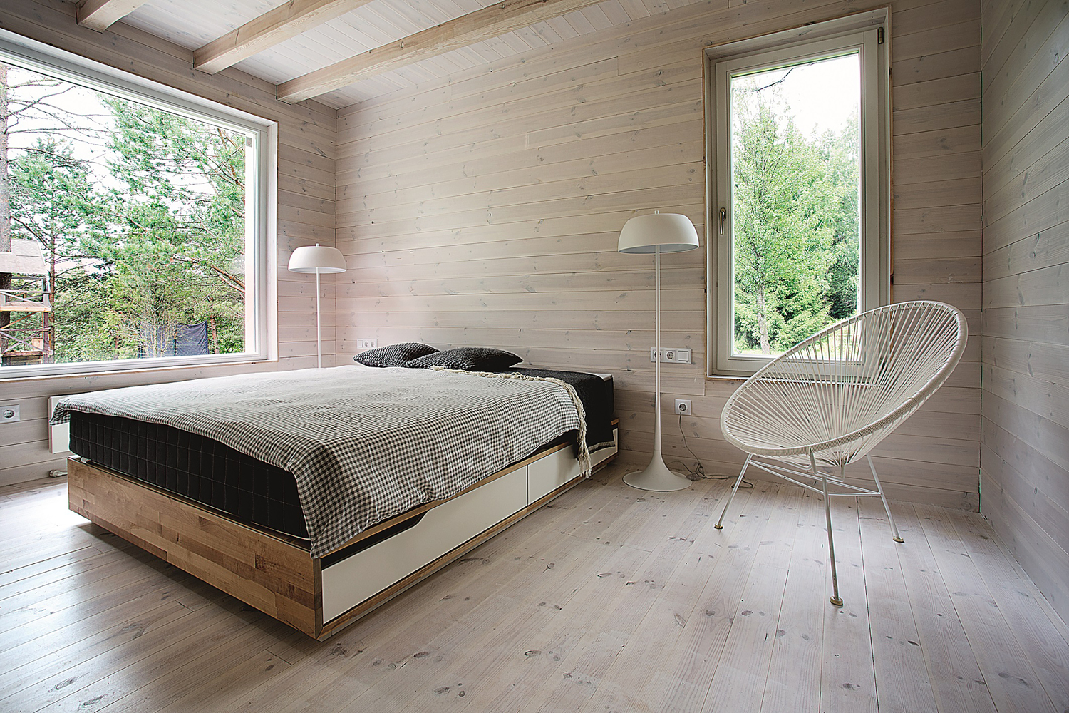 hunting house surrounded by woods in lithuania 11 Hunting House Surrounded By Woods In Lithuania