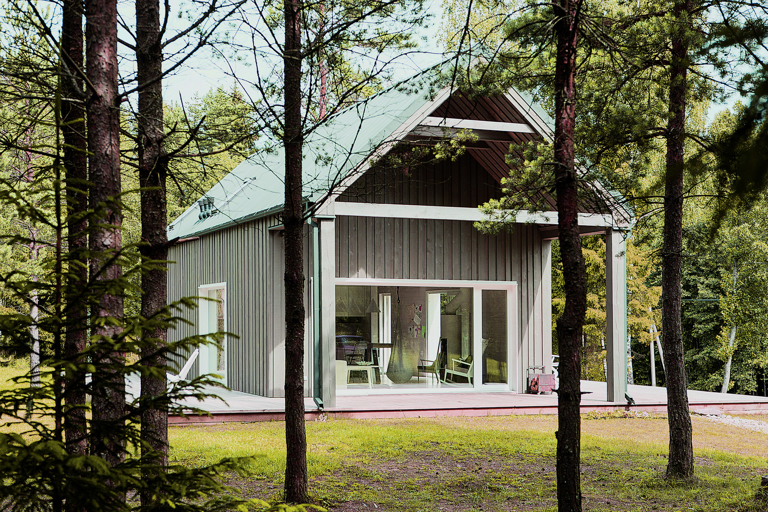 hunting house surrounded by woods in lithuania 6 Hunting House Surrounded By Woods In Lithuania