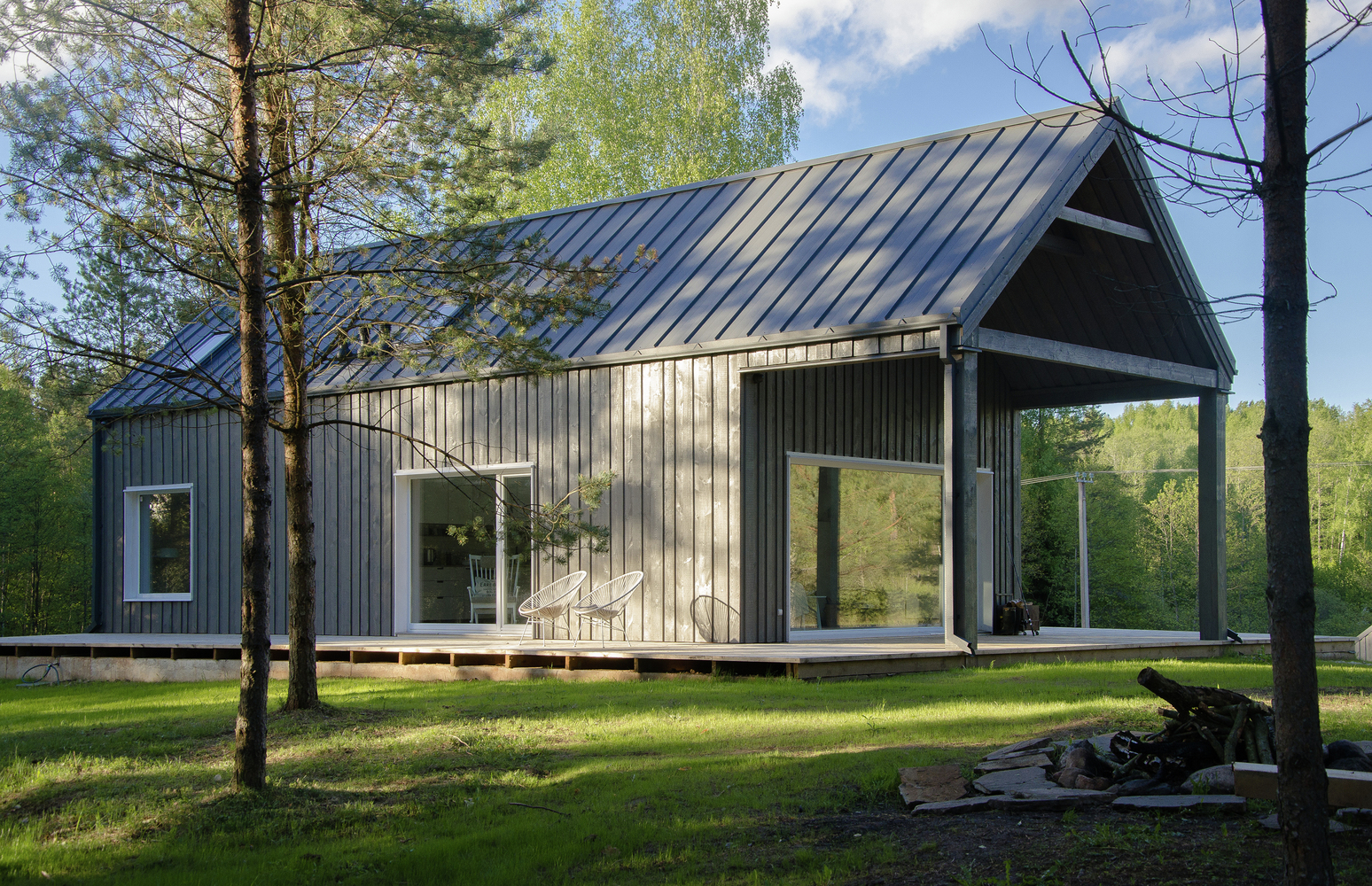 hunting house surrounded by woods in lithuania 9 Hunting House Surrounded By Woods In Lithuania
