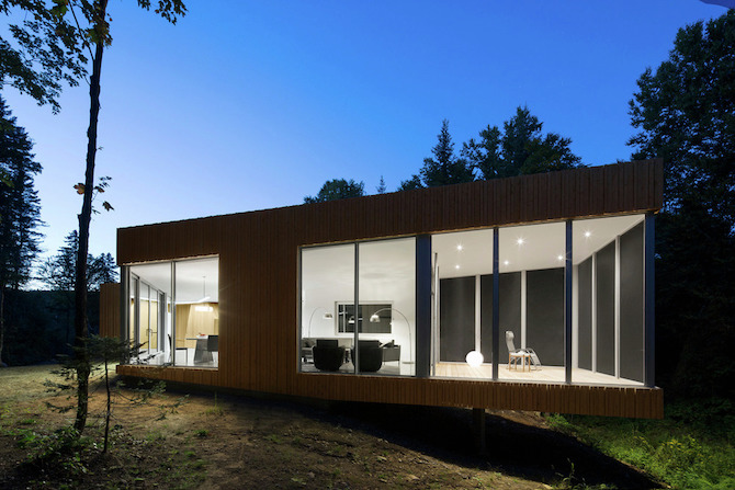 a minimal wooden house reflects the flow of the river 11 A Minimal Wooden House Reflects The Flow Of The River