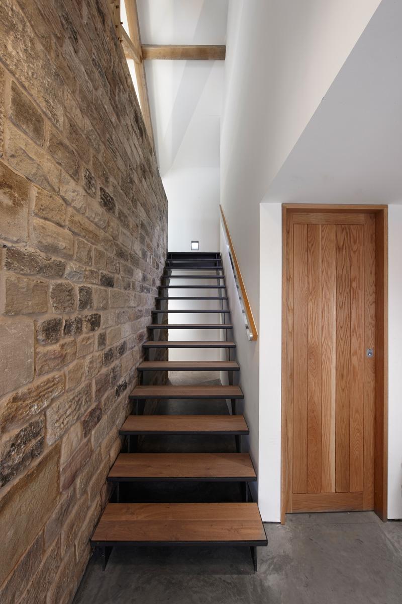 design rehabilitation 11 Barn Turned into Contemporary Home