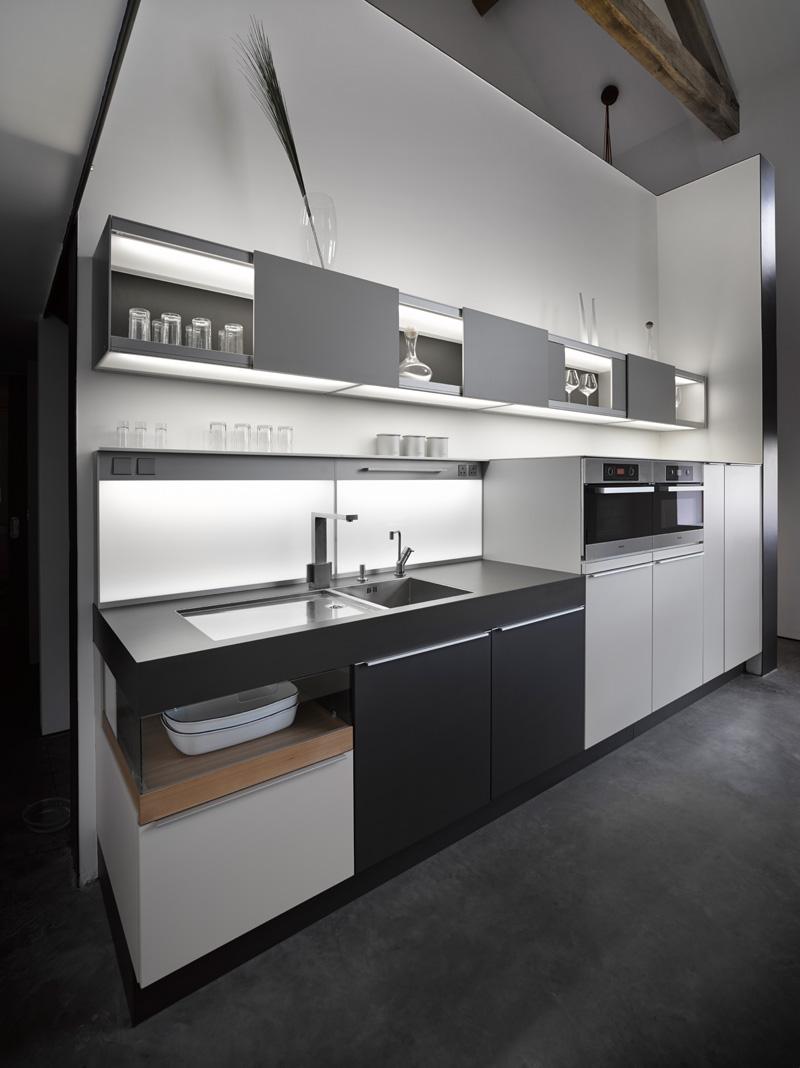 design rehabilitation 8 Barn Turned into Contemporary Home
