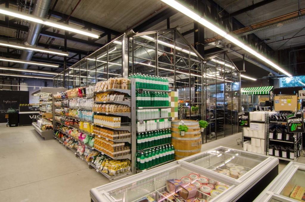 marqtgelderlandplein standardarchitect 21 1024x678 Marqt Supermarket In Amsterdam By Standard Studio
