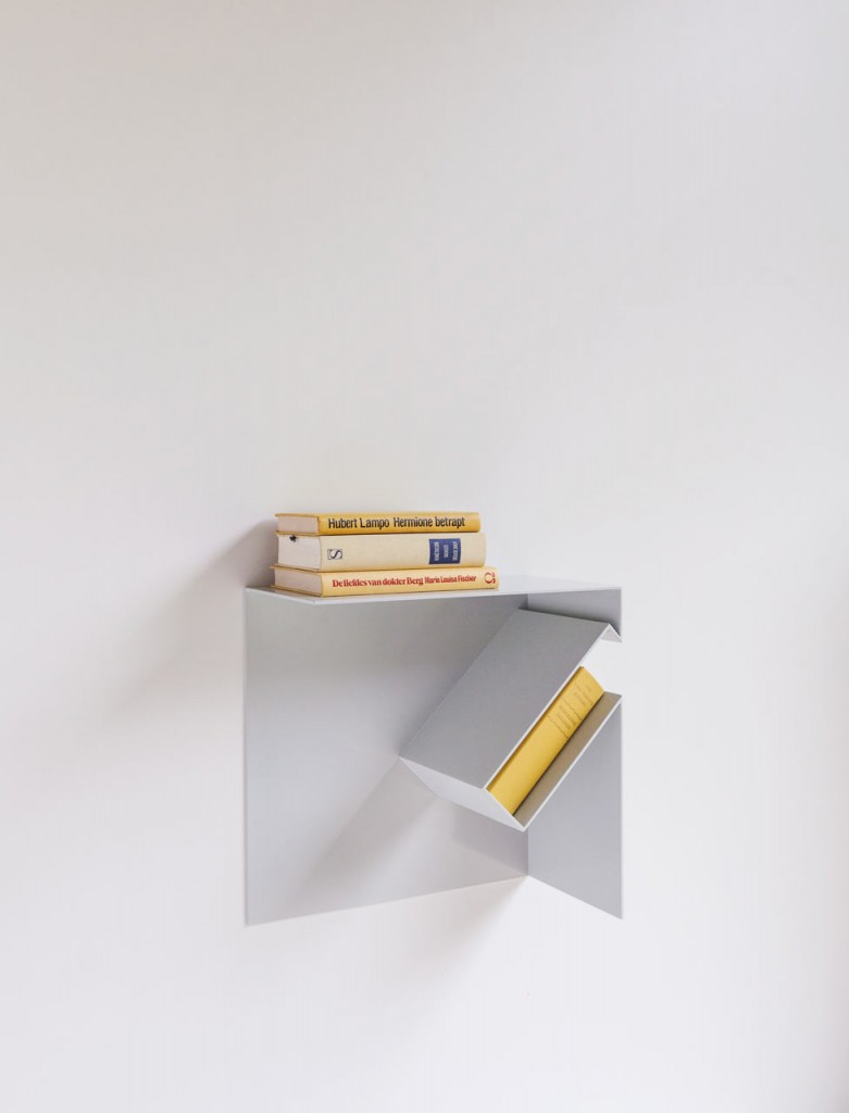 oblique bookshelf by filip janssens 5 781x1024 Oblique Bookshelf By Filip Janssens