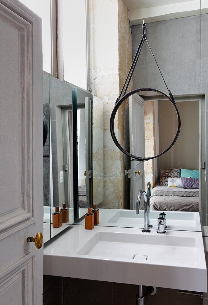paris apartment1 Paris Apartment by Charlotte Vauvillier