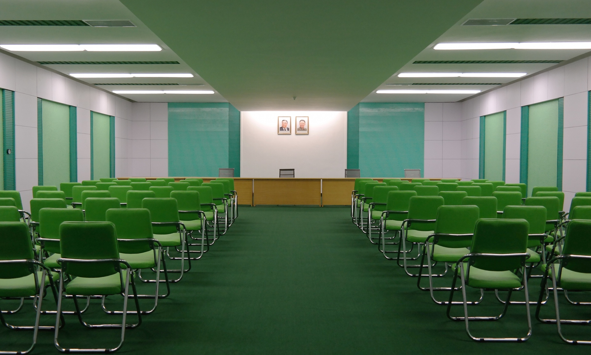 photographer captures interiors of north korea 5 Photographer Captures Interiors Of North Korea