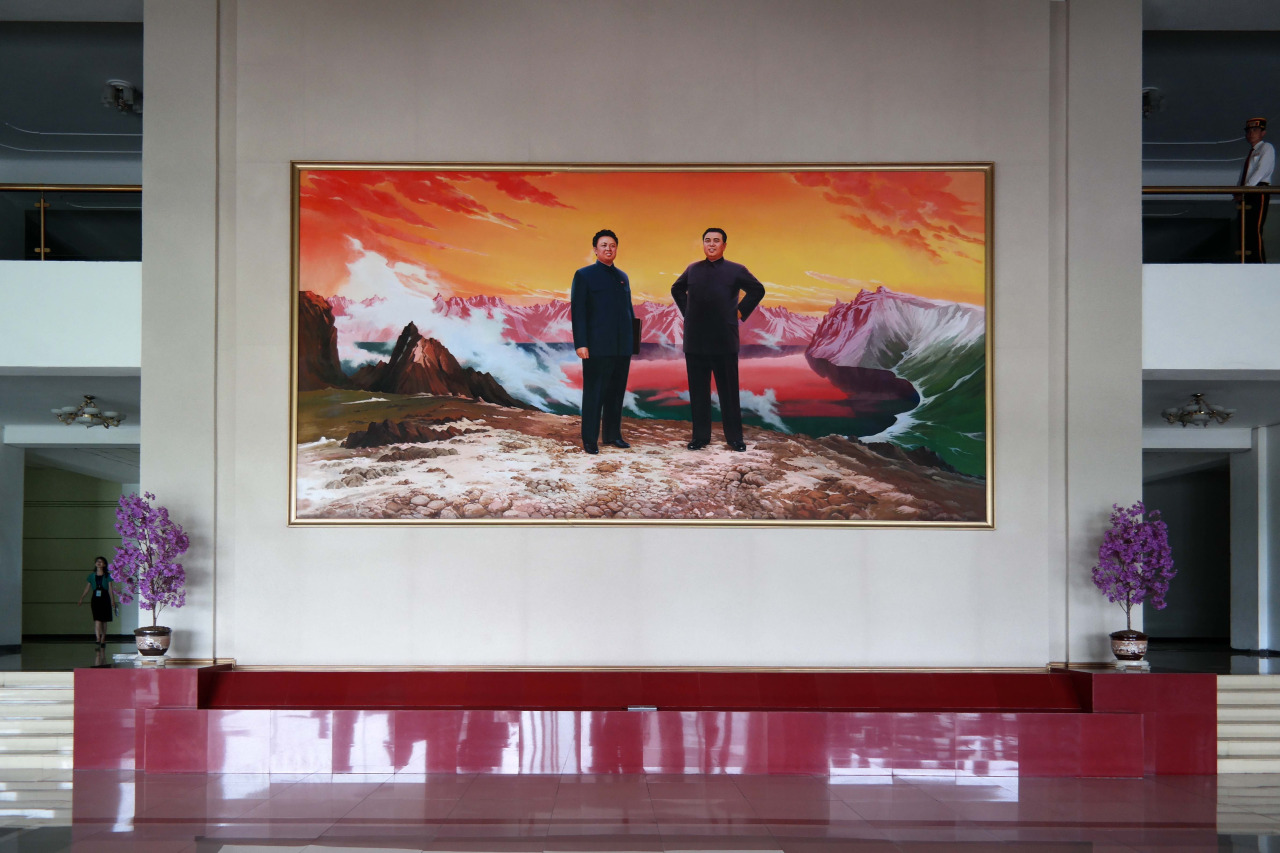 photographer captures interiors of north korea 6 Photographer Captures Interiors Of North Korea