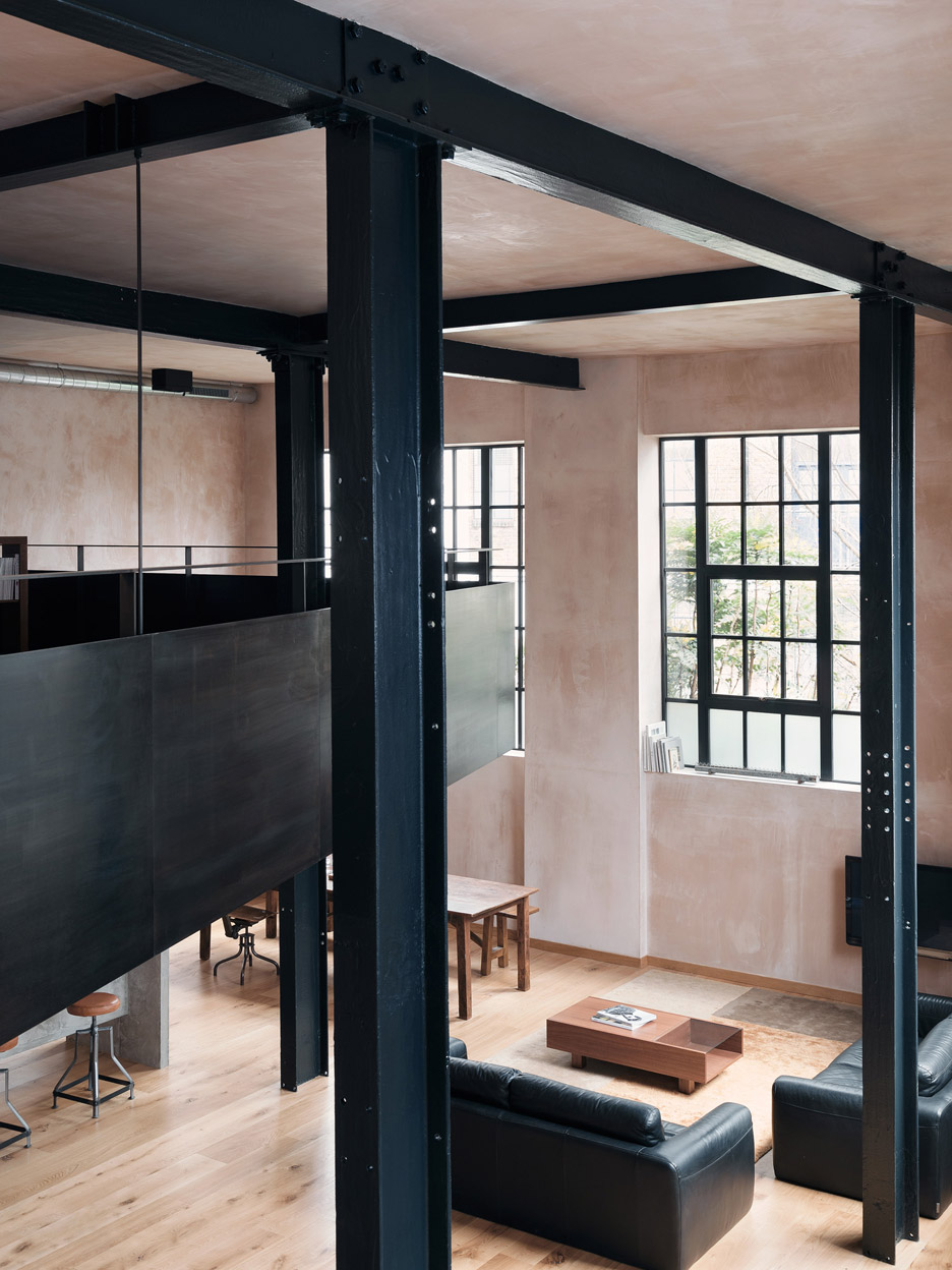 Warehouse Transformed Into A Photographer S Home Amp Studio