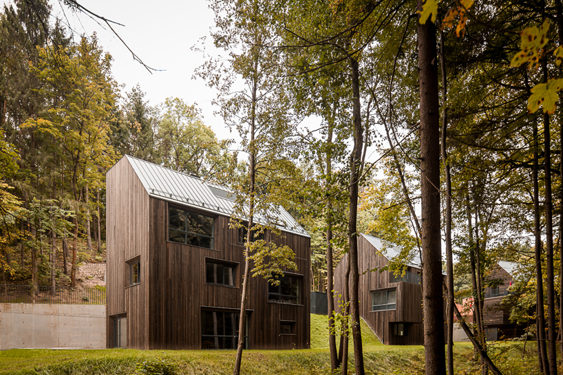 wooden residences in a lithuanian nature reserve by palekas architects 12 Wooden Residences In A Lithuanian Nature Reserve By Palekas Architects