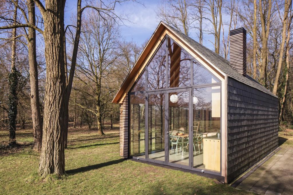 compact recreation house by zecc architecten 11 1024x683 Compact Recreation House By Zecc Architecten