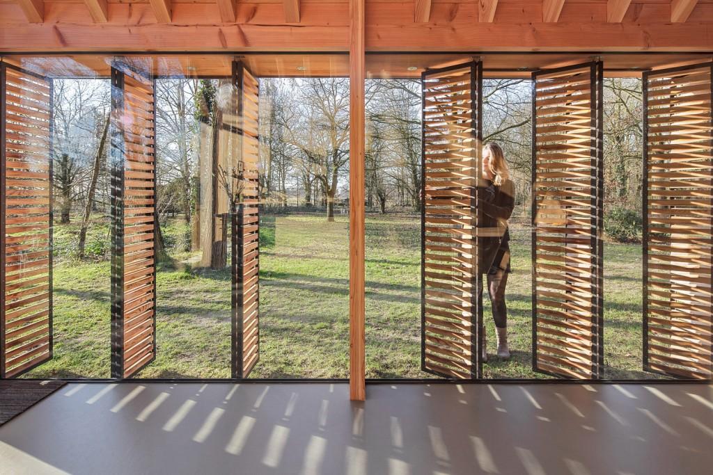 compact recreation house by zecc architecten 12 1024x683 Compact Recreation House By Zecc Architecten