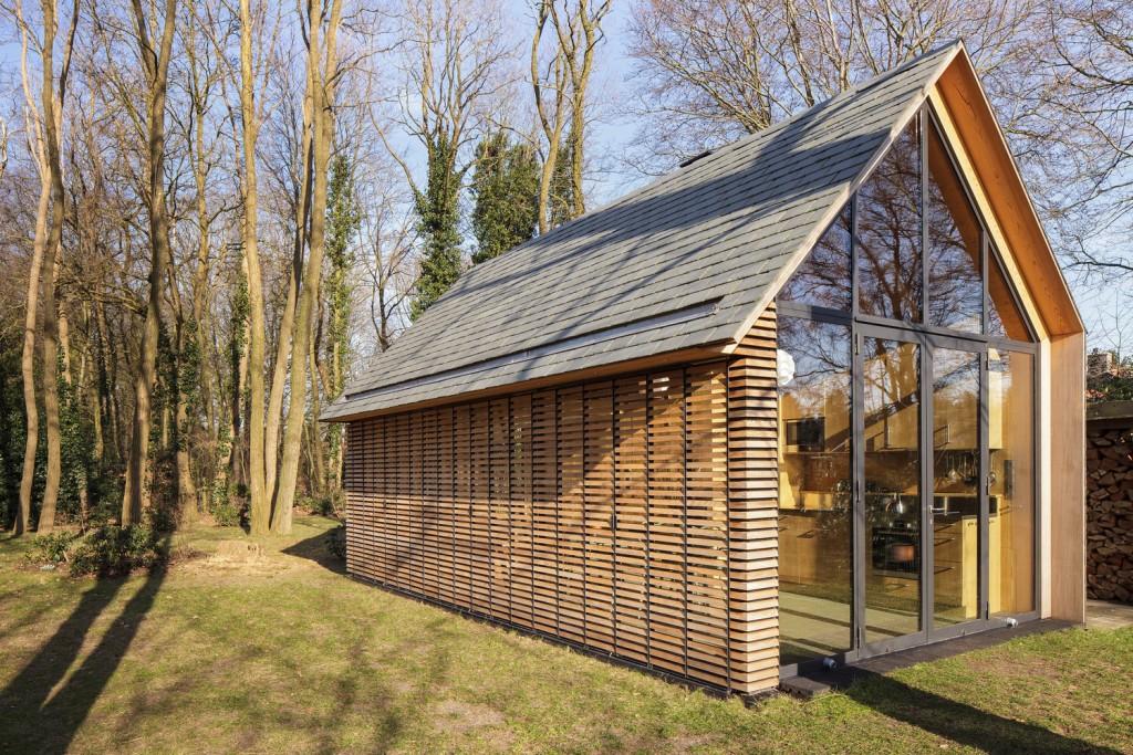 compact recreation house by zecc architecten 9 1024x683 Compact Recreation House By Zecc Architecten