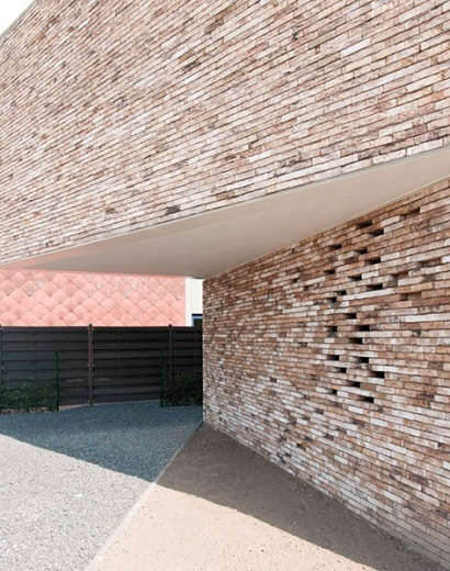 graux baeyens house k 13 House K by Graux and Baeyens Architects