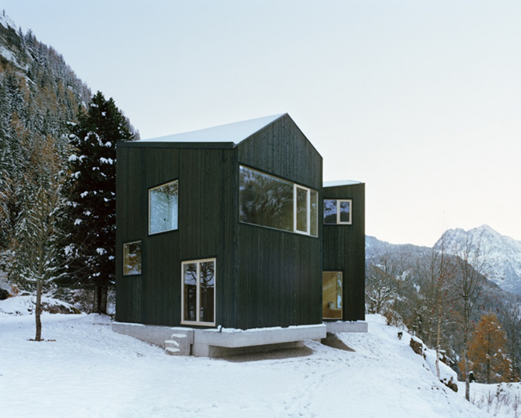 minimal cabin in switzerland by lacroix chessex architectes 4 1024x821 Minimal Cabin In Switzerland By Lacroix Chessex Architectes