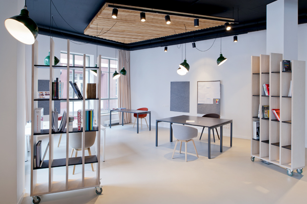 minimal office interior by mix match 2 Minimal Office Interior By Mix & Match