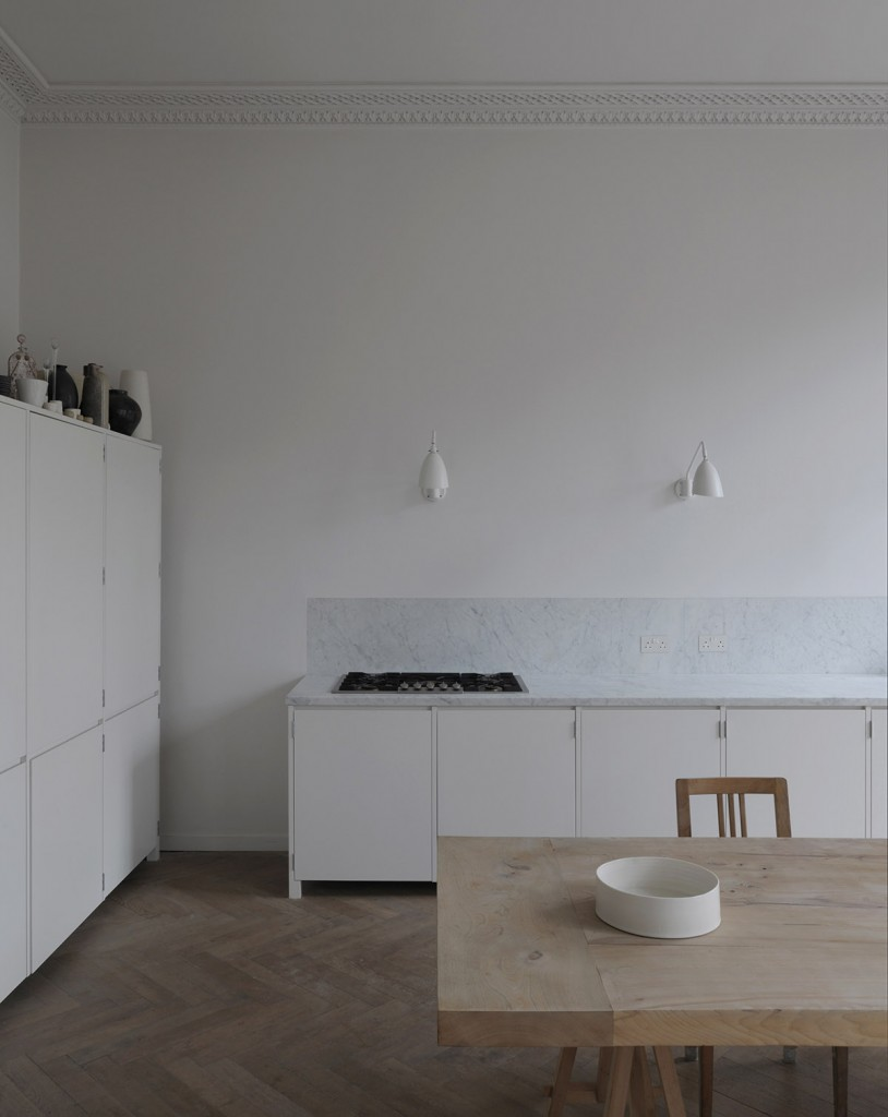piano nobile apartment inspired by vilhelm hammershois paintings 3 814x1024 Piano Nobile Apartment Inspired By Vilhelm Hammershois Paintings