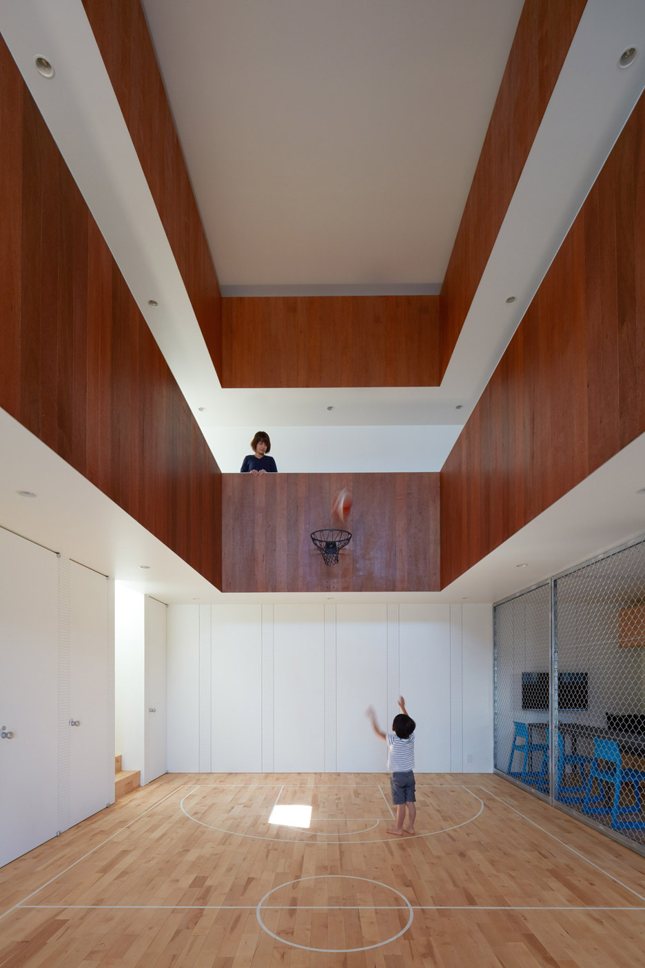 A house in japan has an indoor basketball court your no for Indoor basketball court design
