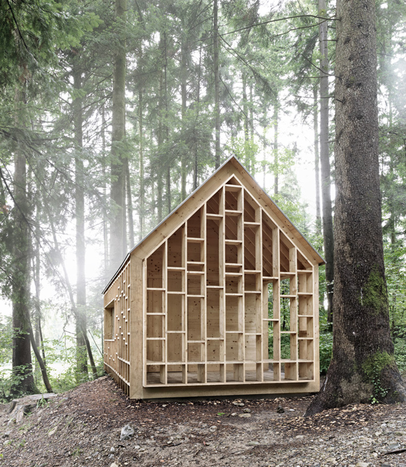cabin in the forest allows children to explore the nature 5 Cabin In The Forest Designed For Children To Explore The Nature