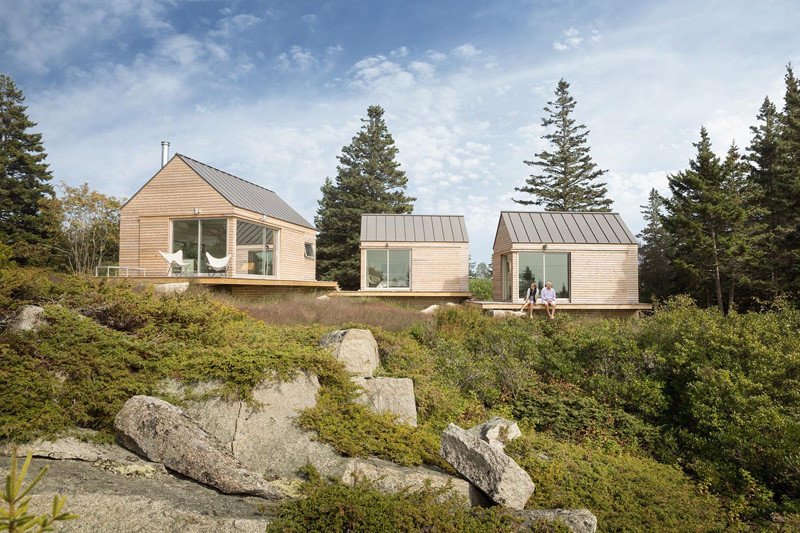 go logic designed three tiny cabins on an island of the coast 1 GO Logic Designed Three Tiny Cabins On An Island Of The Coast